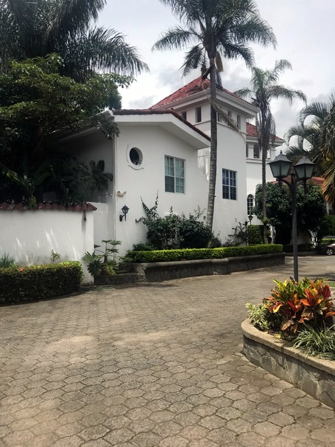 Escazu – Updated Colonial Home for sale